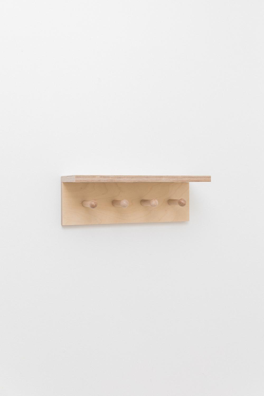 Etagère en bois à patères forme minimaliste-6
