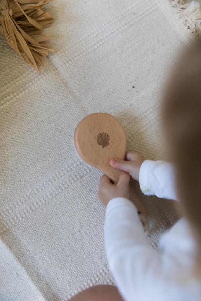 set brosse et peigne pour bebe personnaliser coquillage et vague-12